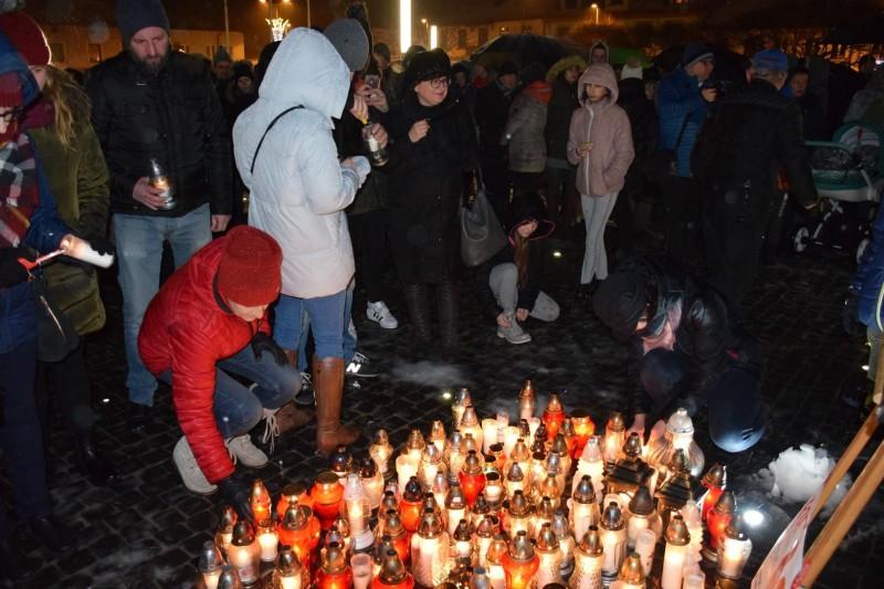 Hołd dla zamordowanego Prezydenta Gdańska