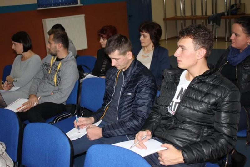 Szkolenia w gminach cz�onkowskich LGD