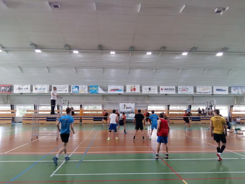 II Turnieju w Siatk�wk�