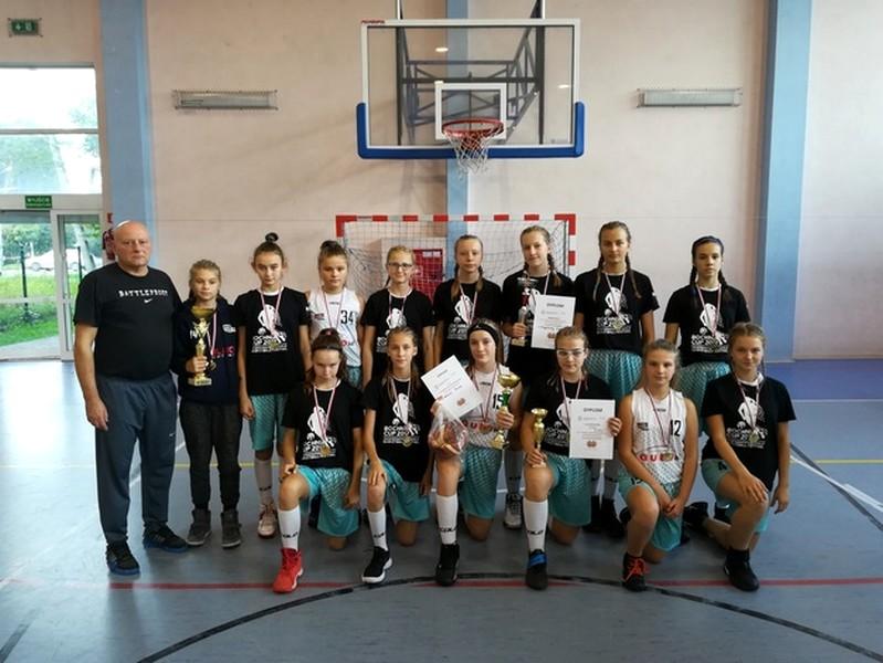 VI Turniej koszykówki dziewcząt Multibasketmania 2017