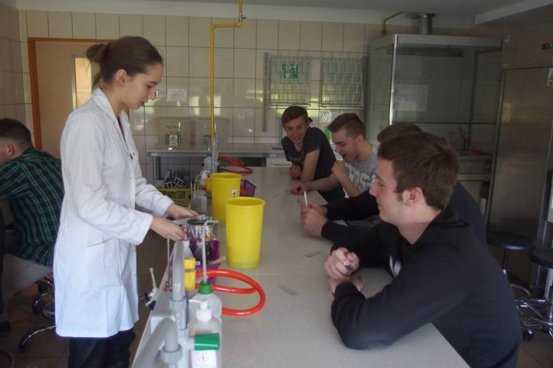 Zajęcia z mikrobiologii