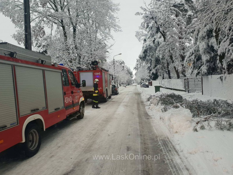 Interwencja strażaków po śniezycy